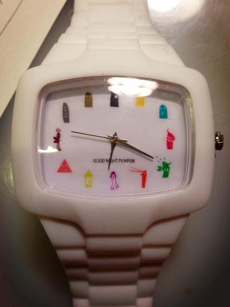 oyasumi punpun reloj