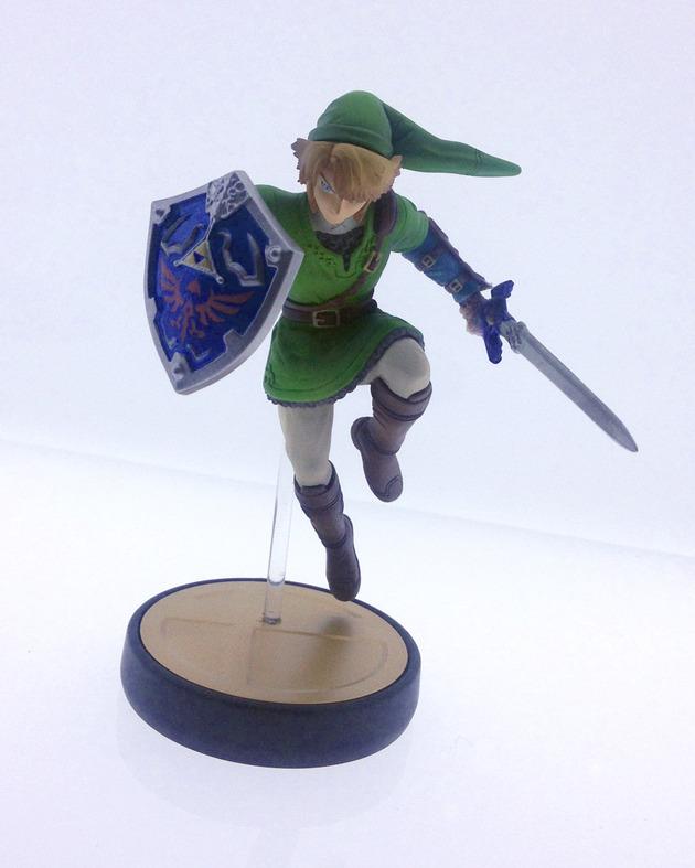 Amiibo Link