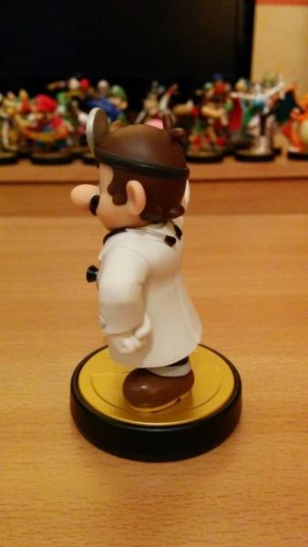 Amiibo de Dr Mario 02