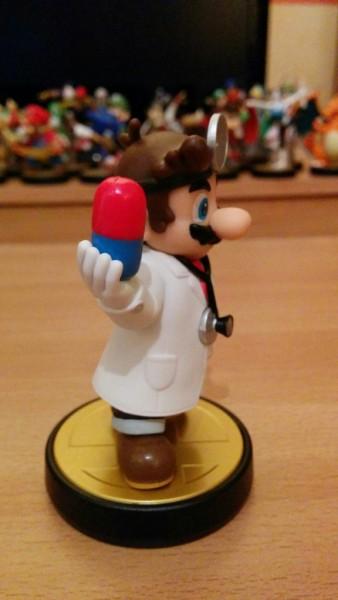 Amiibo de Dr Mario 04