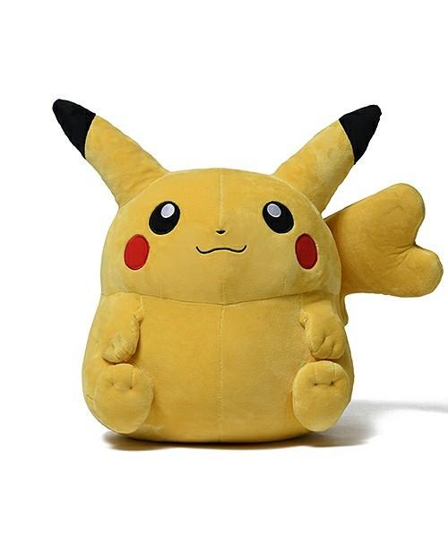 Peluche pikachu hembra 1
