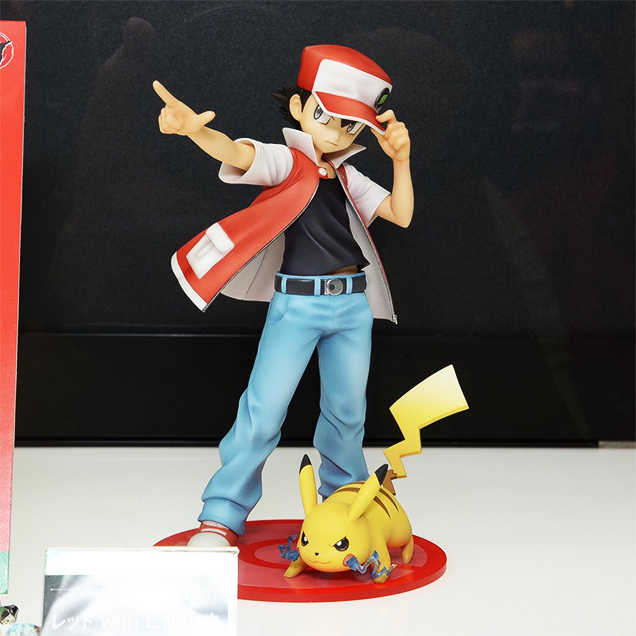 Red-with-Pikachu-figure-Kotobukiya-01